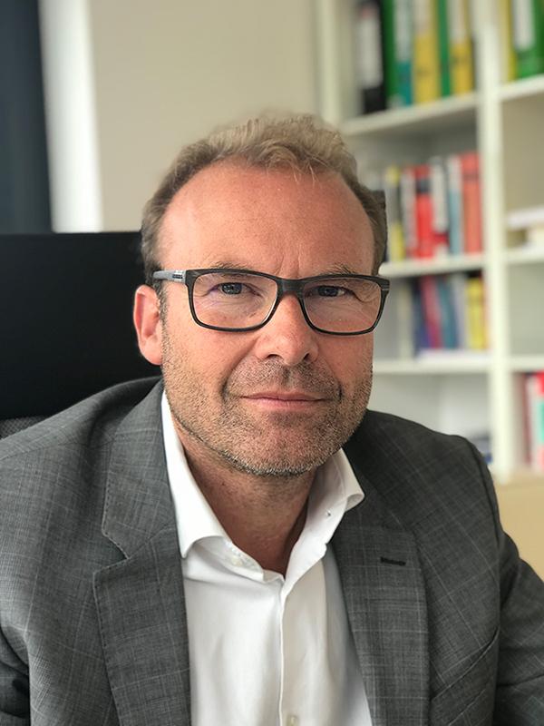 Volkmar Zink - Wirtschaftberater Salzburg - Spezialist für Personalverrechnung, Lohnverrechnung, Gehaltsabrechnungen in Salzburg